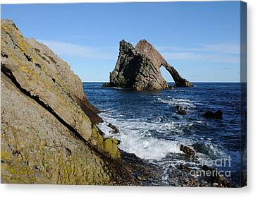 Bow Fiddle Rock In Scotland Canvas Print by John Kelly