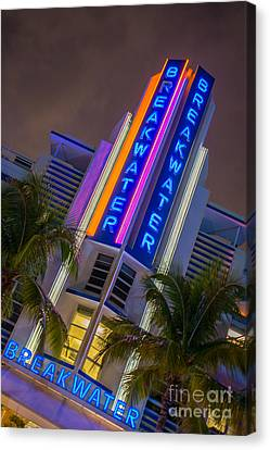 Breakwater Hotel Art Deco District Sobe Miami Canvas Print