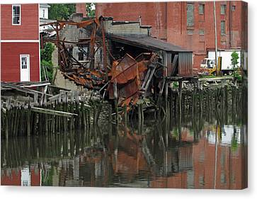 Bridgeport 3 Canvas Print by Steve Breslow