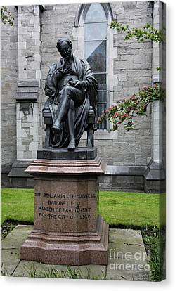 Bronze Statue Of Sir Benjamin Lee Guinness  Canvas Print by Christiane Schulze Art And Photography