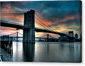 Brooklyn And Manhattan Bridges - Rosy Fingered Dawn Canvas Print