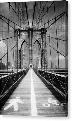 Canvas Print featuring the photograph Brooklyn Bridge Infrared by Dave Beckerman