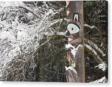 Brown Bear Totemic Figure On Tlingit Canvas Print by Joel Bennett