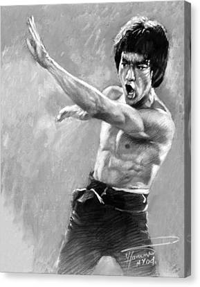 Canvas Print featuring the photograph Bruce Lee by Viola El