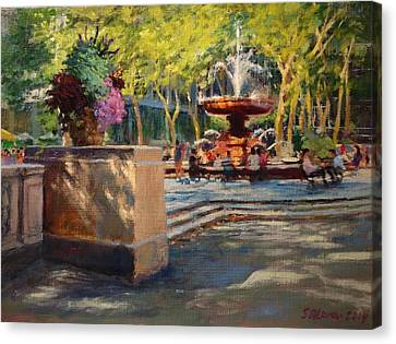 Bryant Park - Afternoon At The Fountain Terrace Canvas Print