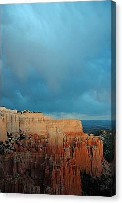 Bryce Canyon And Stormy Sky Canvas Print by Bruce Gourley