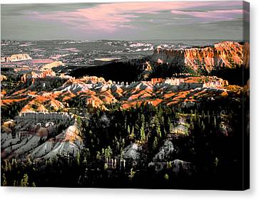 Bryce Canyon In Evening Light Canvas Print