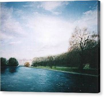 Buckingham Palace Gardens Canvas Print by Hirokazu Tomimasu