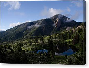 Bunsen Peak Reflection Canvas Print by Gary Wightman