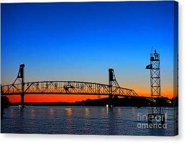 Burlington Bristol Bridge Canvas Print by Olivier Le Queinec