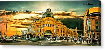 Busy Flinders St Station Canvas Print