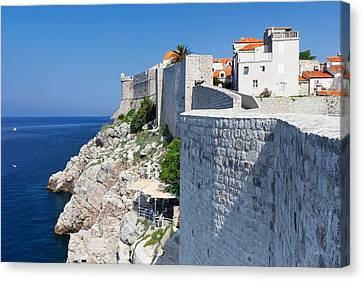 Cafe Below The City Wall At Old Town Canvas Print