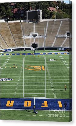 Cal Golden Bears California Memorial Stadium Berkeley California 5d24688 Canvas Print
