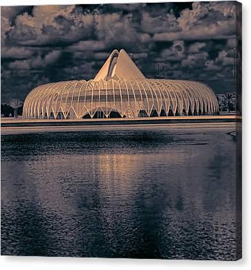 Calatrava 5 Canvas Print by Gordon Engebretson