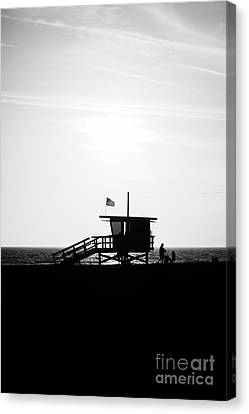 California Lifeguard Stand In Black And White Canvas Print by Paul Velgos
