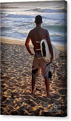 Canvas Print featuring the photograph Call Of The Surf by Gina Savage