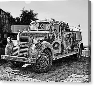 Calusa Rural Fire Truck No2 Canvas Print by William Havle