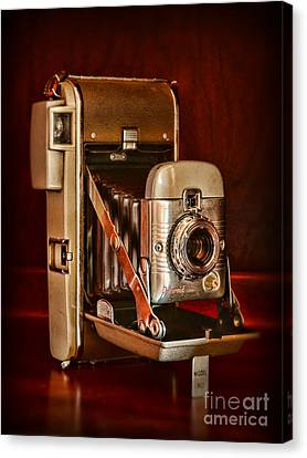 Camera - Vintage Polaroid Land Camera 80 Canvas Print by Paul Ward