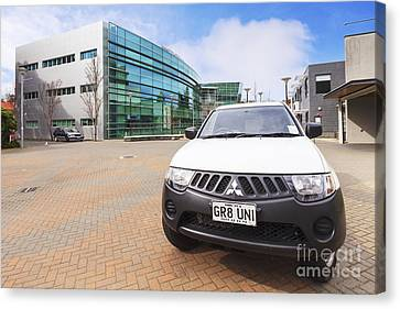 Campus Watch Vehicle Otago University Canvas Print by Colin and Linda McKie