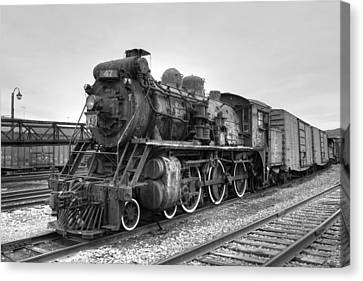 Canadian National No. 47 Canvas Print by Gene Walls