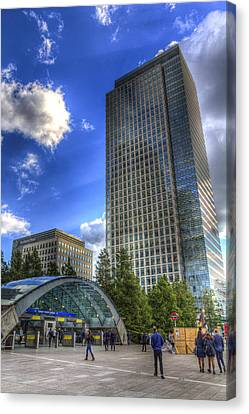 Canary Wharf Station London Canvas Print by David Pyatt
