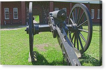 Cannon At Fort Pulaski Main Entrance Canvas Print by D Wallace
