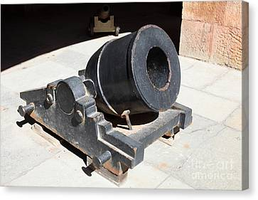 Cannon At San Francisco Fort Point 5d21489 Canvas Print by Wingsdomain Art and Photography