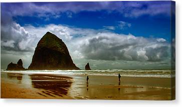 Cannon Beach At Dusk II Canvas Print by David Patterson