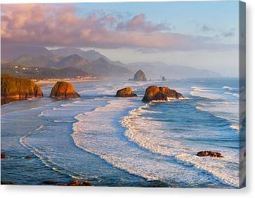 Cannon Beach Sunset Canvas Print by Darren  White