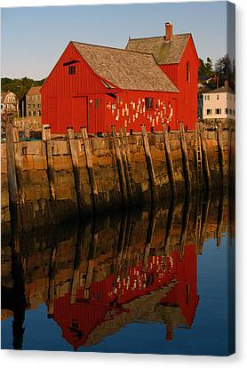 Cape Ann Fishing Shack Canvas Print by Juergen Roth