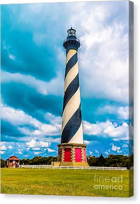 Cape Hatteras Lighthouse In Summer Canvas Print