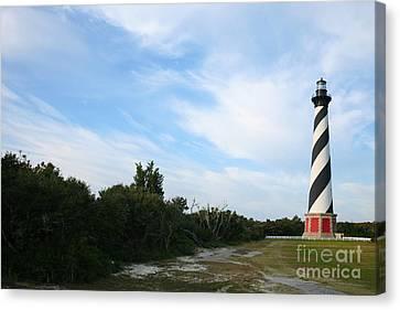 Cape Hatteras Lighthouse Canvas Print by Suzi Nelson