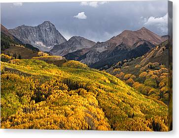 Capitol Peak In Snowmass Colorado Canvas Print