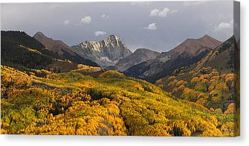 Canvas Print featuring the photograph Capitol Peak Panorama by Aaron Spong