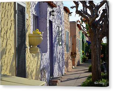 Capitola Beach Homes Canvas Print by Alex King