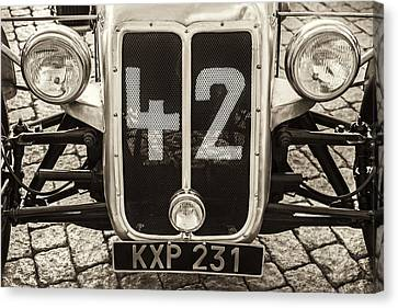 Car Number 42 Bw Canvas Print by Martin Bergsma