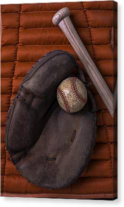 Catchers Mitt And Baseball Canvas Print by Garry Gay
