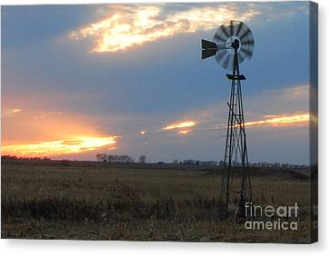 Catching The Wind In South Dakota Canvas Print