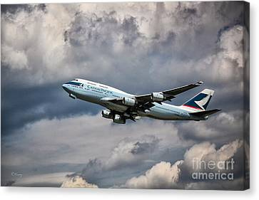 Cathay Pacific Boeing 747-400 Canvas Print by Rene Triay Photography