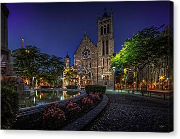 Cathedral At Columbus Circle Canvas Print by Everet Regal
