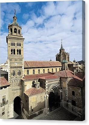 Cathedral Of Santa Mar�a De Mediavilla Canvas Print by Everett