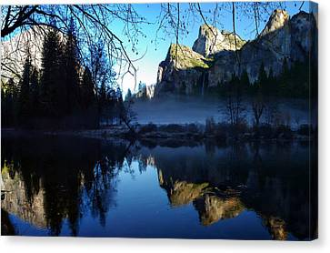 Cathedral Rocks Yosemite National Park Canvas Print by Scott McGuire