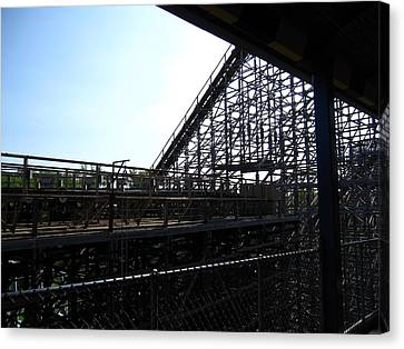 Cedar Point - Mean Streak - 12121 Canvas Print by DC Photographer
