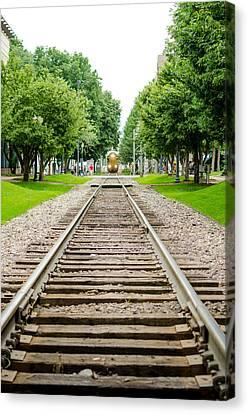 Cedar Rapids Train Coming Down The Tracks Canvas Print