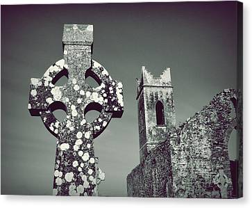 Celtic Cross And Castle Canvas Print by Patricia Strand