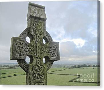Celtic Cross Canvas Print by Suzanne Oesterling
