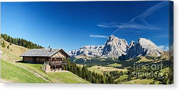 Chalet In South Tyrol Canvas Print by Carsten Reisinger