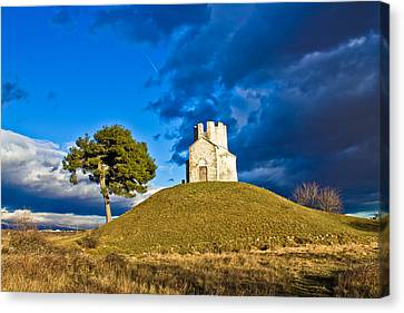 Chapel On Green Hill Nin Dalmatia Canvas Print by Brch Photography