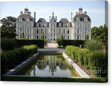 Chateau Cheverny Loire France Canvas Print by Ros Drinkwater