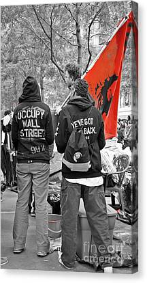 Canvas Print featuring the photograph Che At Occupy Wall Street by Lilliana Mendez